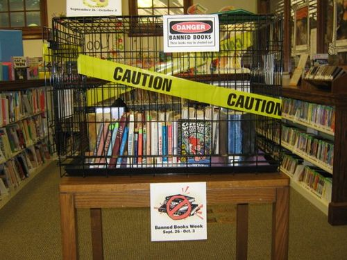 ideas for banned books week, library displays for banned books week